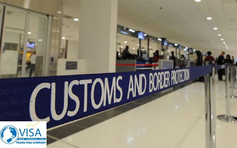 nhập cảnh sau khi xin visa úc thăm thân nhân